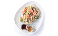 Thai Style Rice Noodle with Chicken